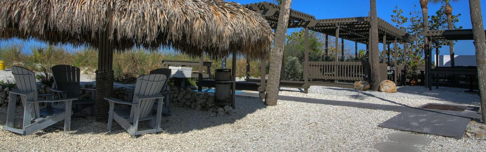Tiki Hut Area